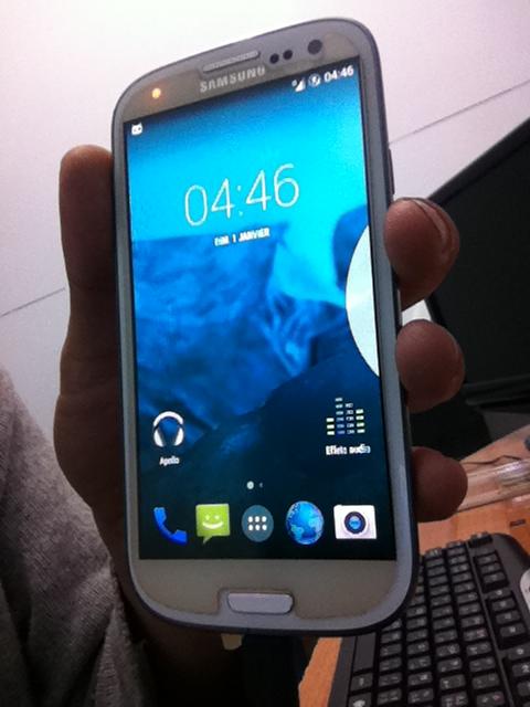����� �� ����� Samsung Galaxy S3 Gt-I9300