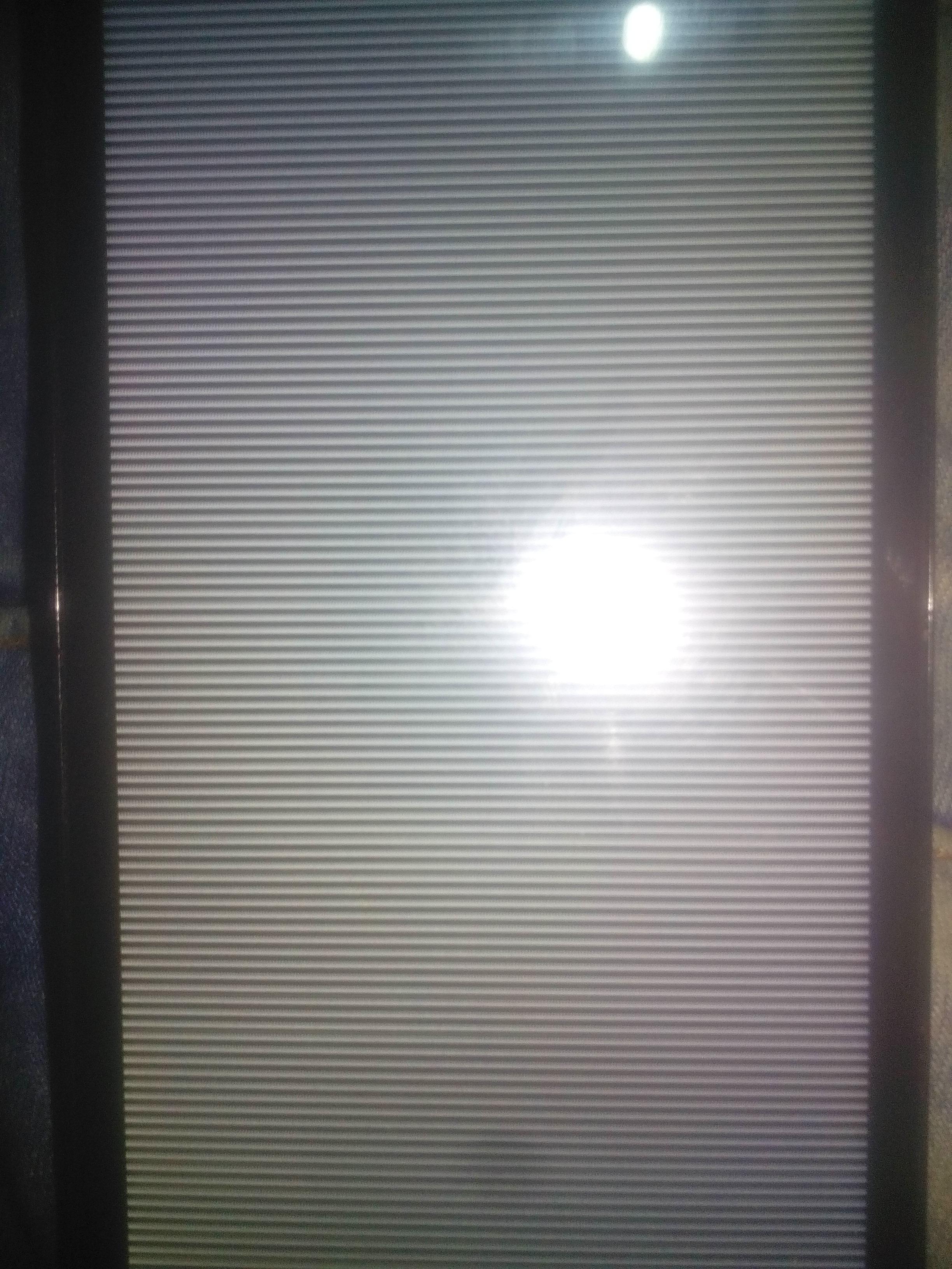 مشكل في wiko LENNY 2بعد تفليش اصبح يشتغل شاشة بيضاء مع خطوط